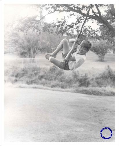 G03-2 Larry Swinging, 1967
