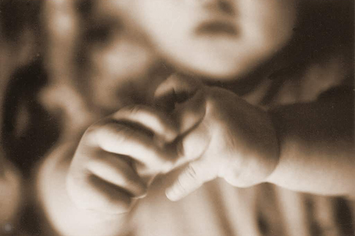 G05-1 Baby Hands, 1982