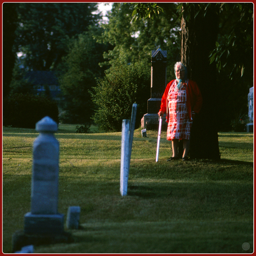 Grandmother in Red (1986)